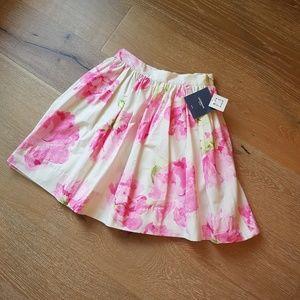 BNWT Liz Claiborne floral skirt 6 petite- pockets